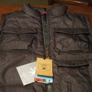 🆕 NWT Nike Thermal Insulated Waterproof Vest 🆕